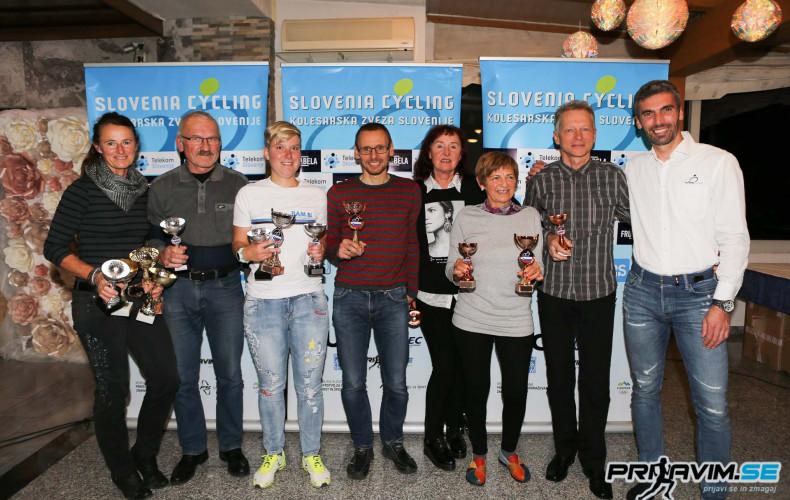 2019 11 Pokalna-podelitev omr